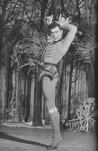 """Roland Petit dans """"Le Loup"""" / 1953 / Roger Viollet"""