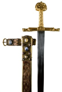 """""""Joyeuse"""", épée de Charlemagne avec son fourreau / DR"""