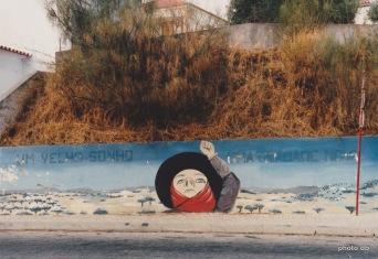 Sur un mur de Lisbonne en 1980… / © db