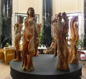 Coskun, sculptures dans la rotonde ©db