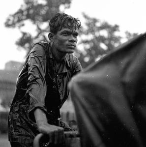 Cambodge, 1955 © Raymond Cauchetier