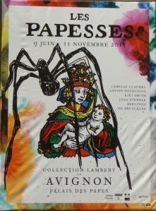 Le pape est mort, un nouveau pape est appelé à régner. Araignée, quel drôle de nom! Pourquoi pas libellule ou papillon?