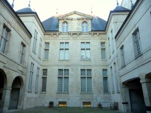 Hôtel Donon, cour intérieure ©db