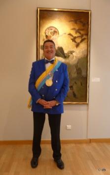 Un sénateur de la République de Montmartre devant une oeuvre de Willette, le 21 juin 2014 © db