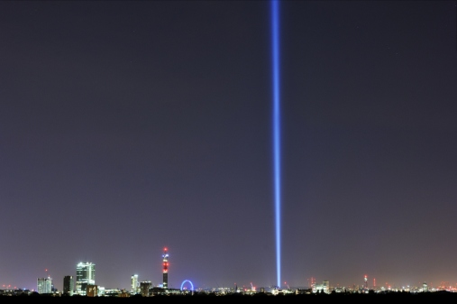Spectra by Ryoji Ikeda, 2014 / View from Primrose Hill by Thierry Bal.