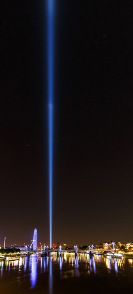 Spectra by Ryoji Ikeda, 2014 / View from Waterloo Bridge by Jonathan Perugia.