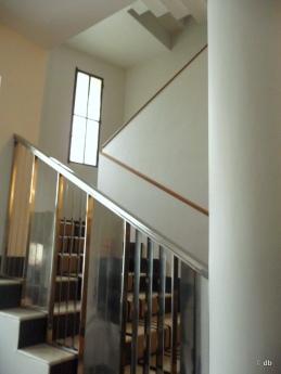 Rue Mallet-Stevens, Maison de l'architecte, Rampe d'escalier signée Jean Prouvé © db