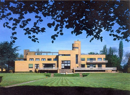 La villa Cavrois, façade sud (1986) © Centre Georges Pompidou