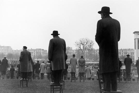 """""""Courses à Auteuil"""" 1952 © Sabine Weiss"""