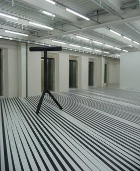 """""""Explore"""" : Philippe Decrauzat, """"Leslie+Mirrors"""" , 2007-2009 © db"""