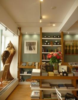 L'espace Beaux livres de la galerie Jardins en Art/ Photo db