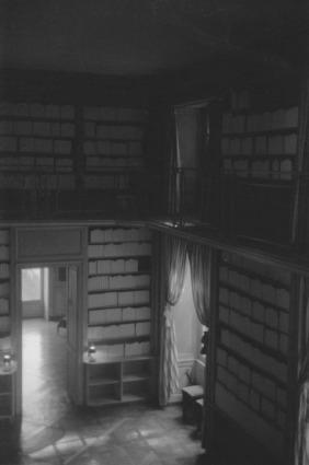 Château de la Roche-Guyon, l'ancienne bibliothèque et les livres fantômes d'Alain Fleischer /Photo Pauline Fouché